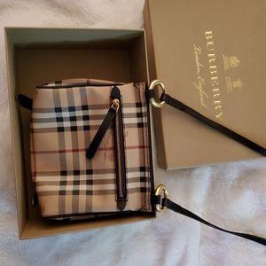 100% authentic Burberry small crossbody bag